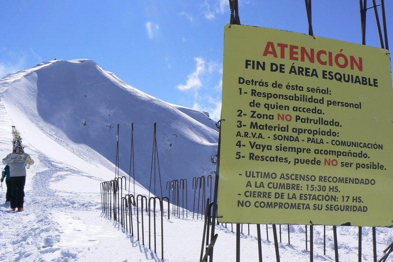 Atencion!, Cerro Bayo