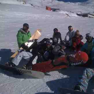 Tetrapak Team & Kalhor Brothers, Dizin