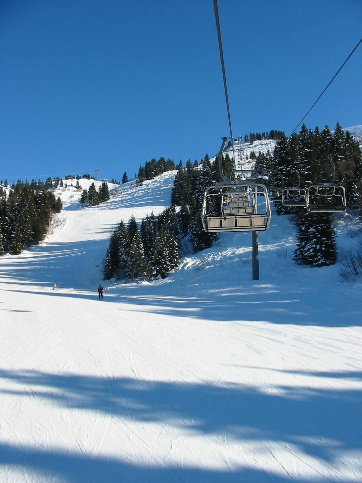Gron Ski Lift, Les Carroz
