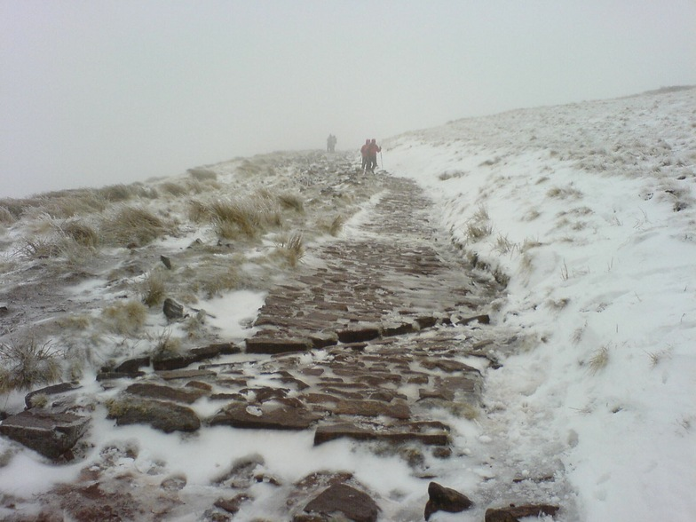Icy track up to Penyfan, Pen-y-Fan