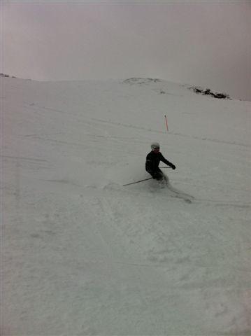 Simon in Dorfberg powder, Davos