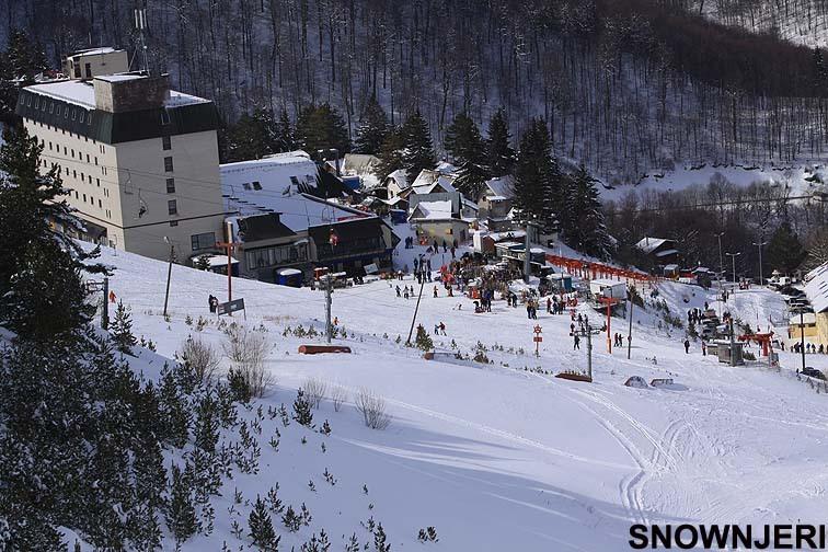 Hotel Molika on the left, Brezovica