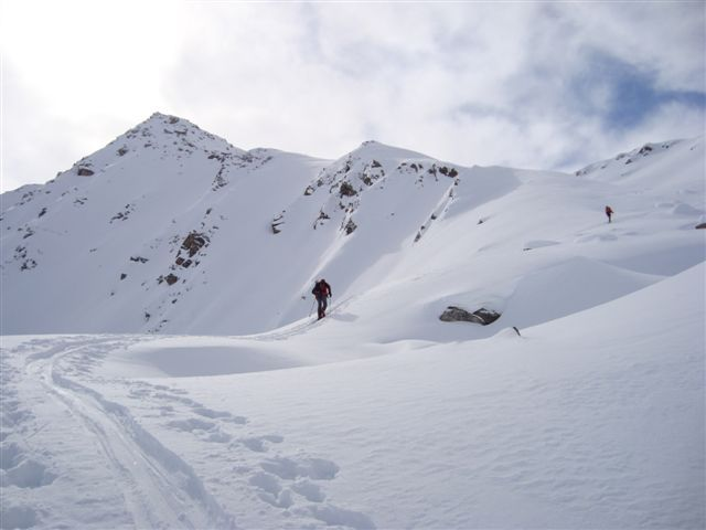 Climbing to the Sentishorn Gipfel, Davos