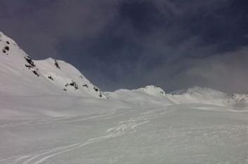 our tracks down from Pischahorn in Matisetälli, Davos