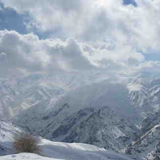 tochal view from shemshak  ski  area