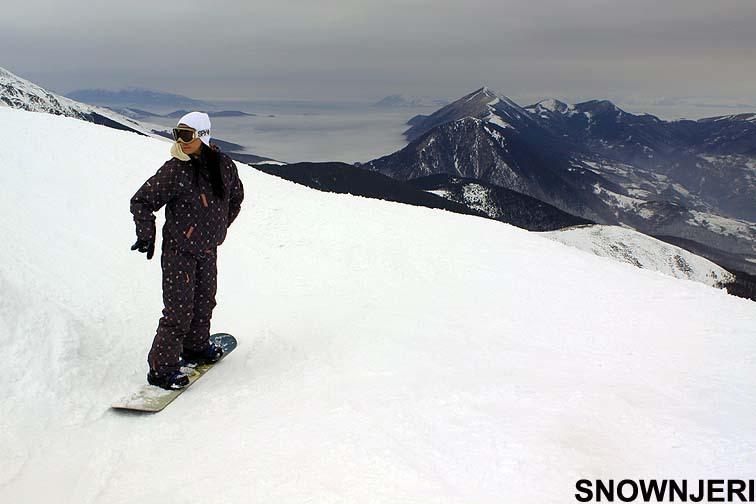 Summit snow chick Edona, Brezovica