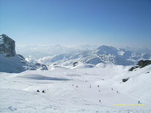 Nothing but blue sky, La Plagne photo