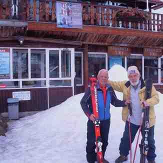 Veteran Friend Skiers, Seli