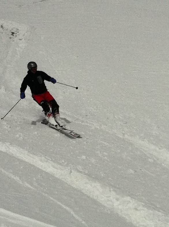 Nick Shanahan skiing Dorfberg windpack, Davos