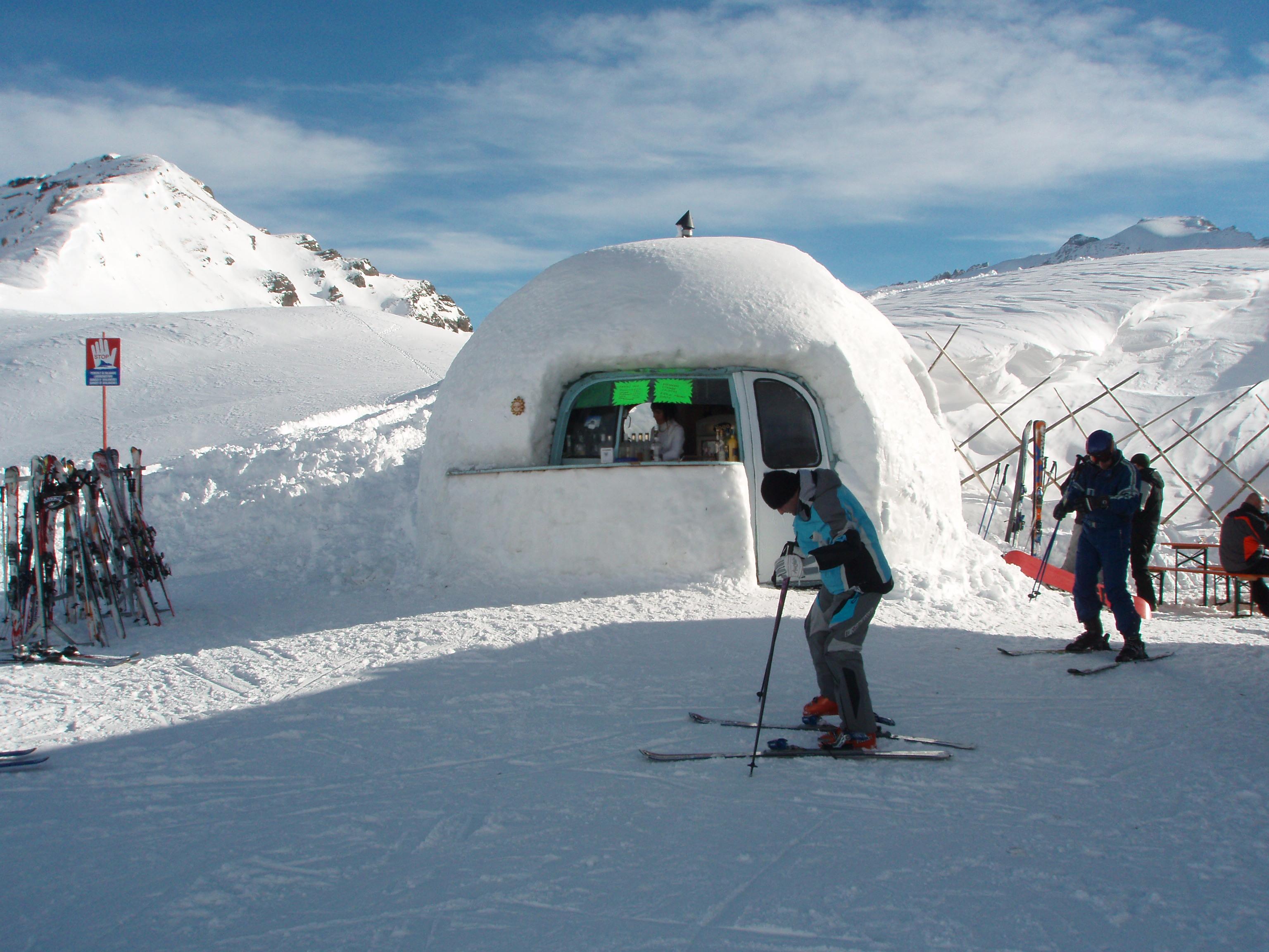 Ice Bar at Belverdere, Arabba
