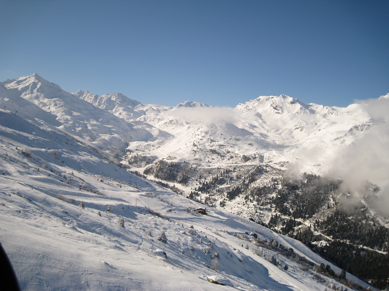 Mont Vallon and Runs into Mottaret