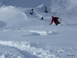 Off piste in the Combe Gers, Samoens photo