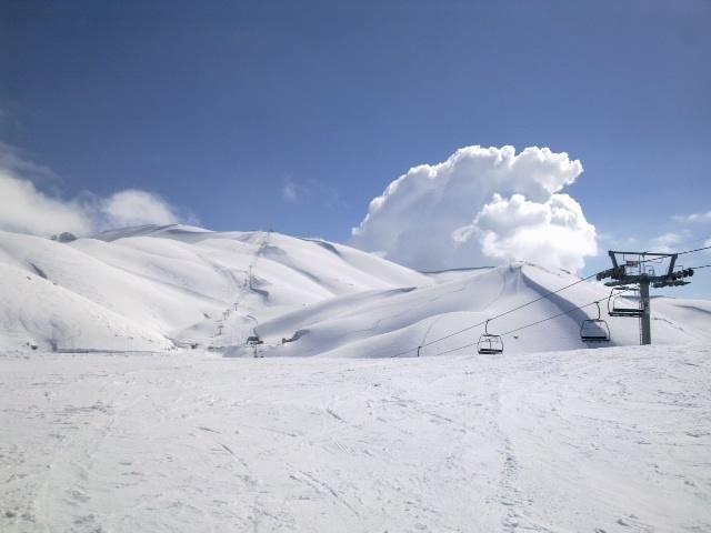 undless hills, Mzaar Ski Resort