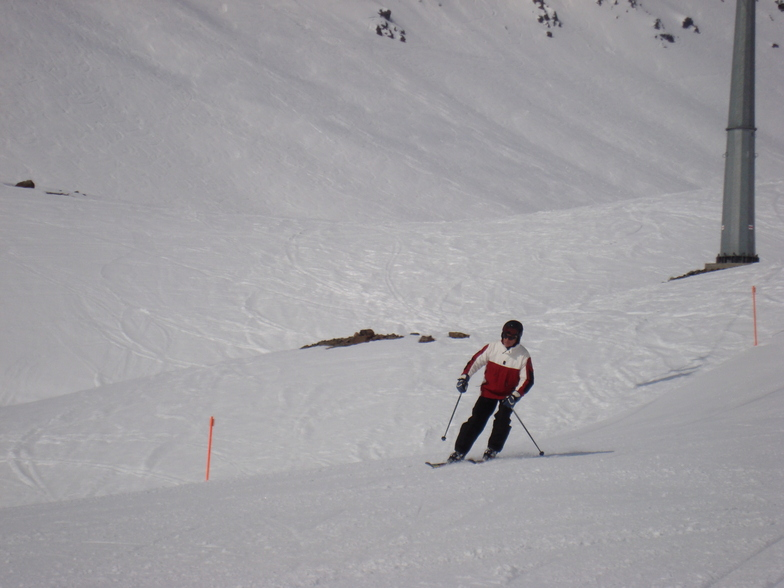 Cor Lautenschutz  skiig Todalp, Davos