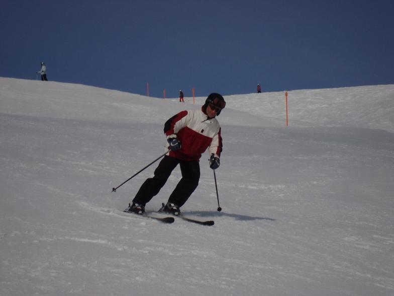 Cor Lautenschutz skiing Meierhoftalli, Davos