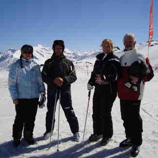 Tiny,Johnny,Simona and Cor on Gotchna, Davos