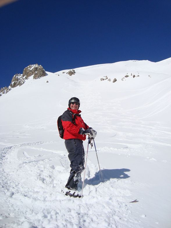 Alex and our tracks on the Weissflugipfil on Parsenn above Davos