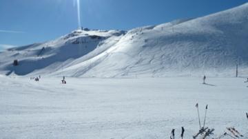 Astún Ski Resort by: Enrique Bardina