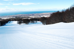 Skiing to the Magelleans Strait, Cerro Mirador photo
