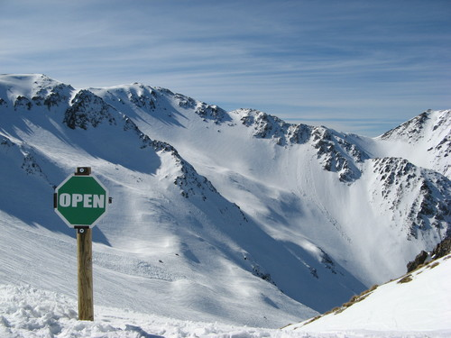 Craigieburn Ski Resort by: Stephen Harlow