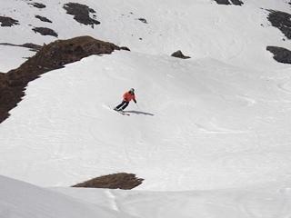 Tony skiing corn snow ,off piste Parsenn, Davos