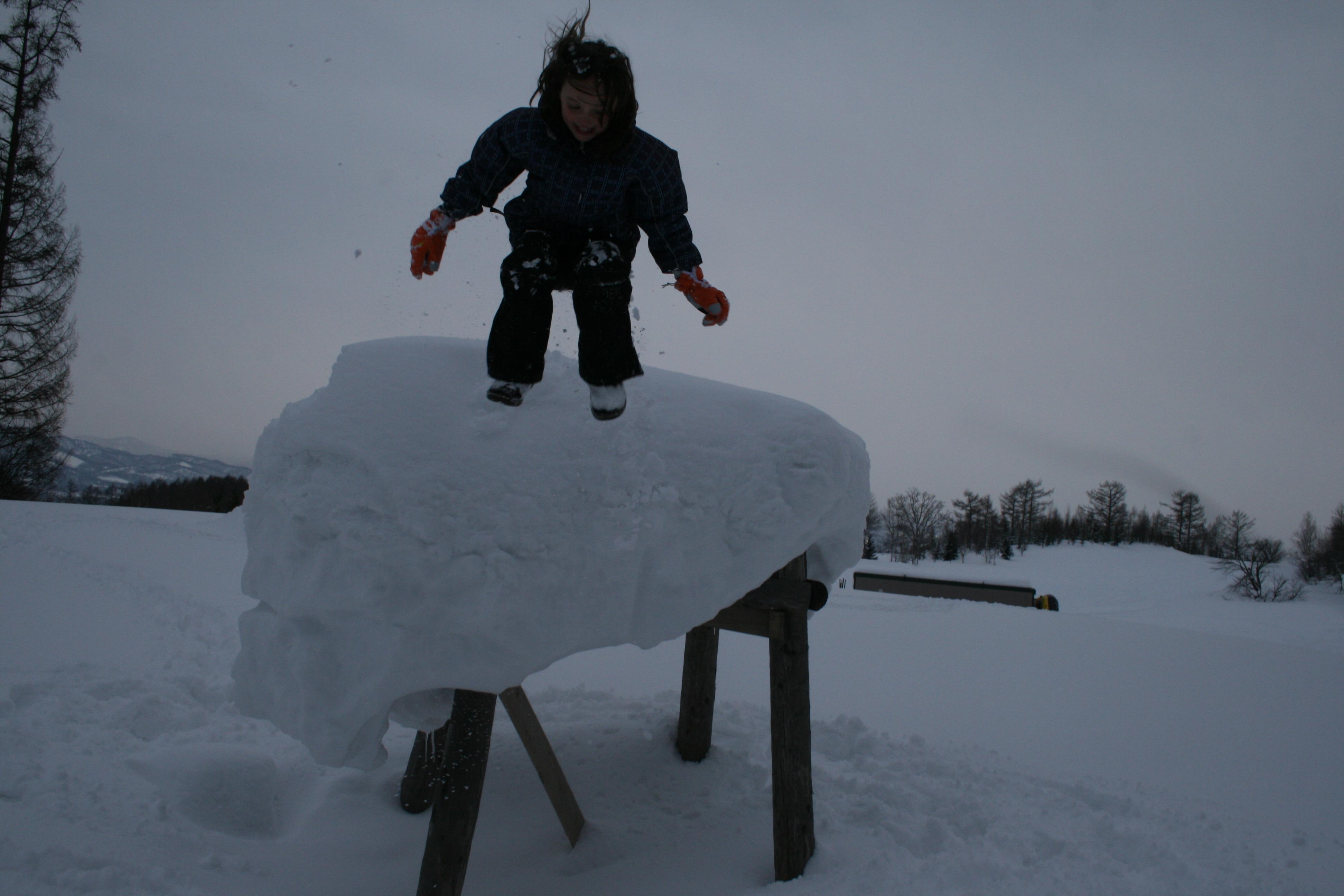 Rodger Family 4m high snow pillow, Niseko Village