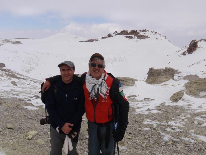 Hooman & Mohammad, Mount Damavand