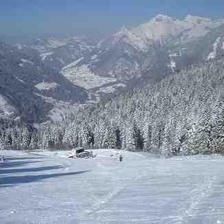 Upper Ski Fields, Drouzin Le Mont