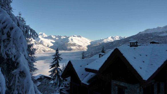 Chalet Campanules in the snow, Les Coches