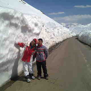 dream snow on the road, Dizin