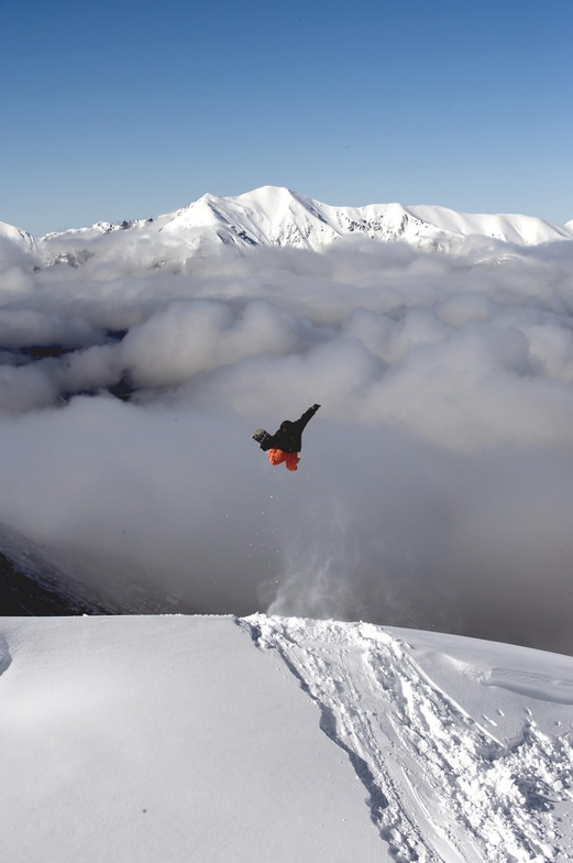 Flying high into A basin, Mount Cheeseman
