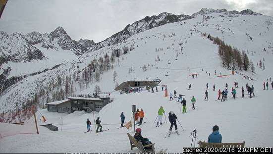 Argentiere webcam at 2pm yesterday