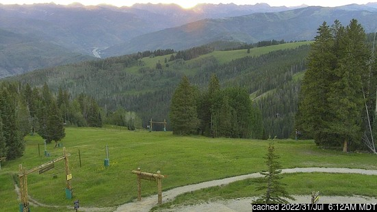 Live Snow webcam for Beaver Creek