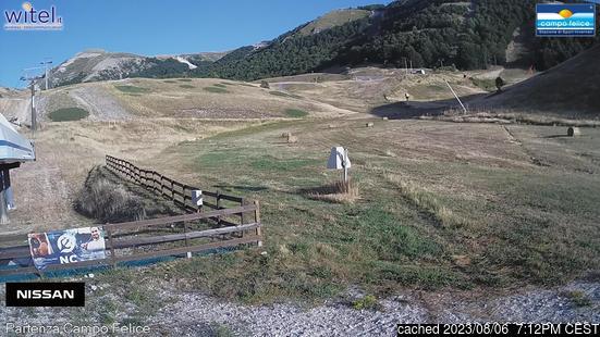 Live webcam para Campo Felice-Rocca di Cambio se disponível