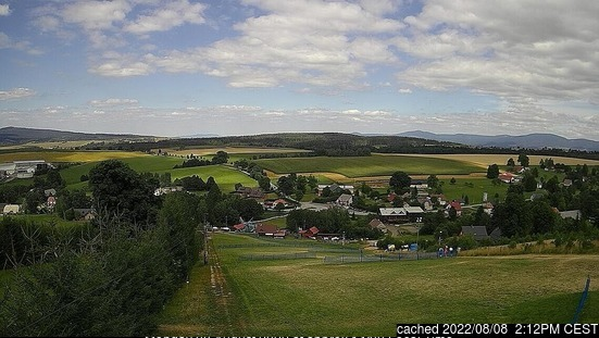 České Petrovice webcam at 2pm yesterday