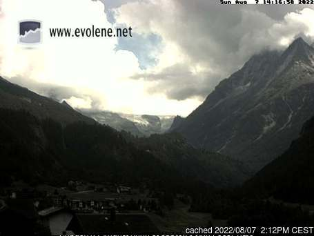 Evolène webcam at lunchtime today
