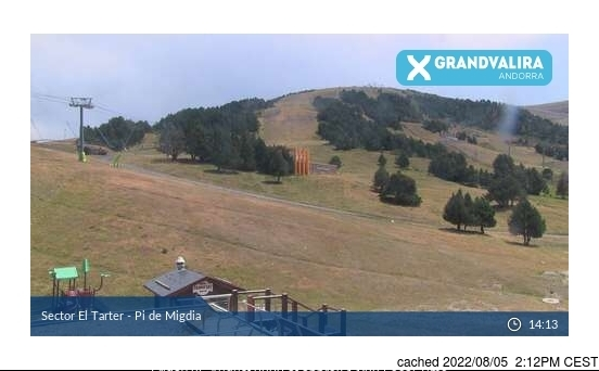 Grandvalira El Tarter webcam at 2pm yesterday