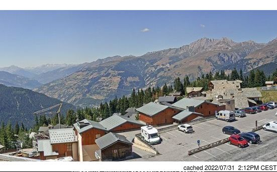 La Rosière webcam at lunchtime today