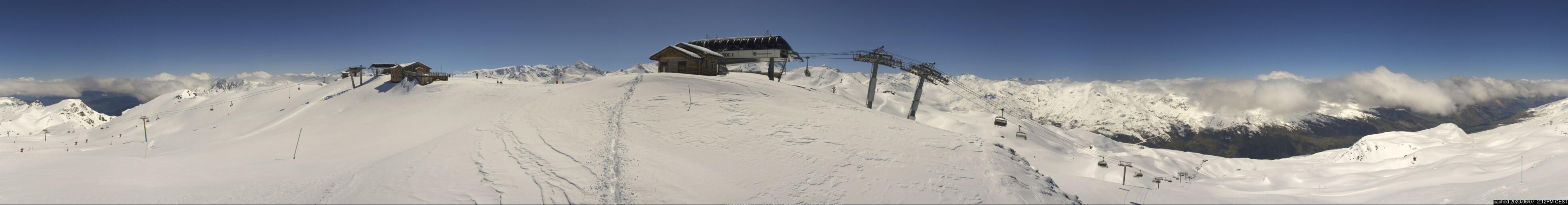 dün saat 14:00'te Les Menuires'deki webcam