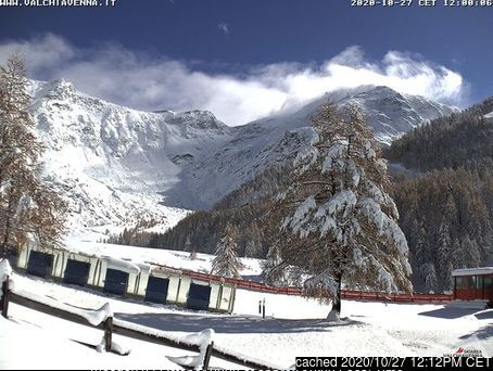 Madesimo webcam at lunchtime today