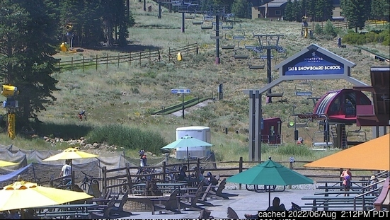 dün saat 14:00'te Northstar at Tahoe'deki webcam