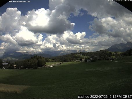 Nova Pontente-Deutschnofen webcam at lunchtime today