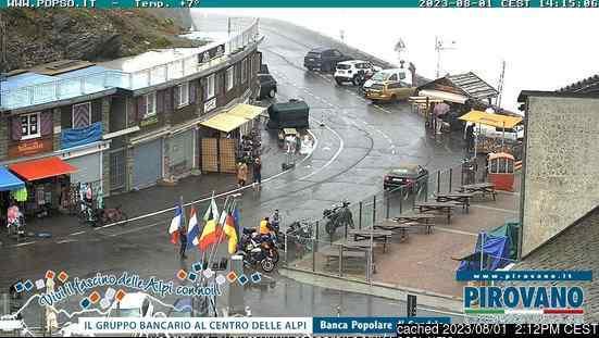 Webcam de Passo Dello Stelvio Stilfserjoch a las 2 de la tarde ayer