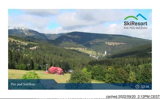 Pec pod Sněžkou webcam at 2pm yesterday