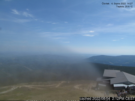 Sněžka webcam at 2pm yesterday