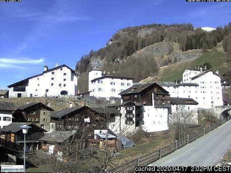 Splügen webcam at 2pm yesterday