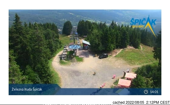 Železná Ruda Špičák webcam at 2pm yesterday