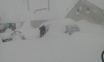Resort Bases Pass 2m Mark As Huge Snowfalls Continue in New Zealand
