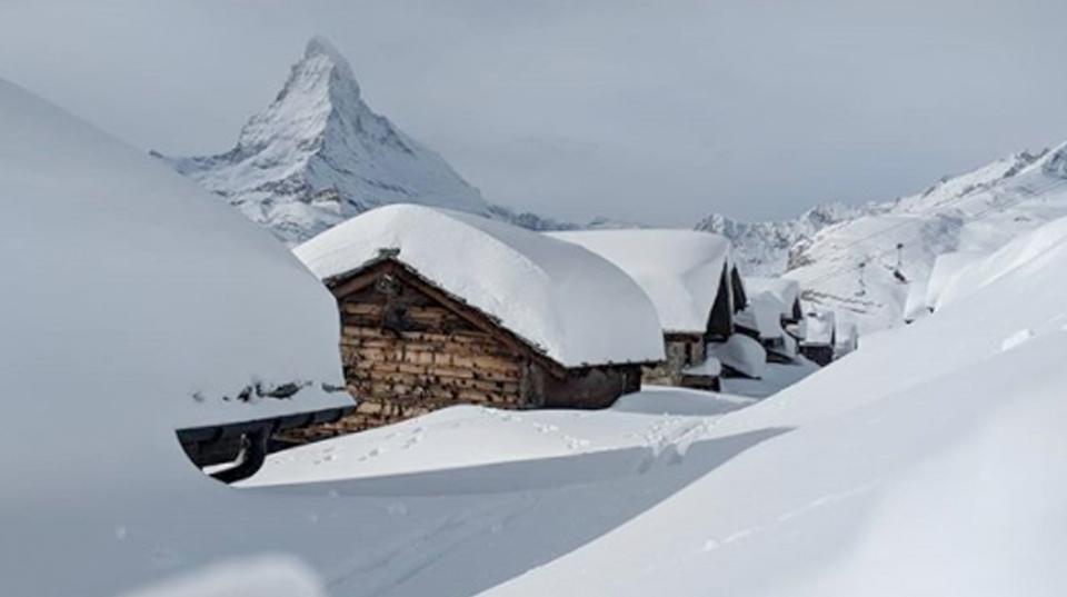 snow in zermatt
